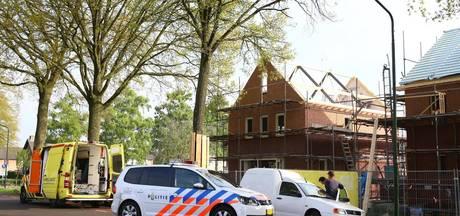 Man valt van steiger en raakt gewond in Schijndel