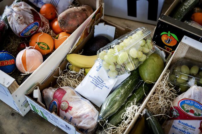 Kerstpakket van de voedselbank in Den Haag.