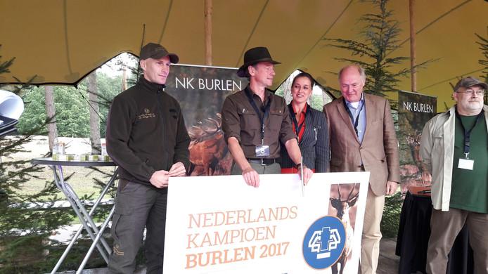 Winnaar Reitsma met de jury.