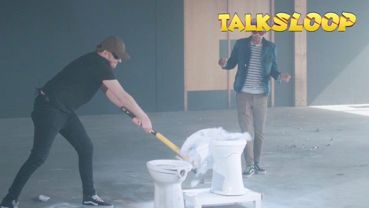 Rapper Donnie sloopt toiletpotten en 'normale planga's'