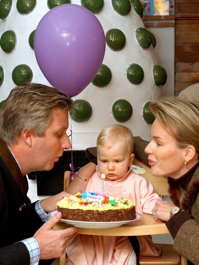 La princesse Elisabeth fête son premier anniversaire.