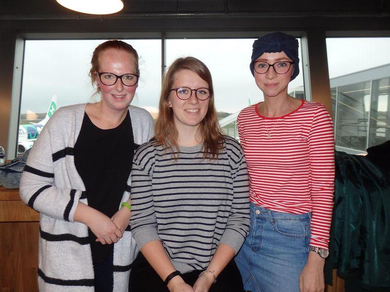 Nicky Dokkum, Alette Sartorius en Chantal van Dompzelaar: 'Je kunt zonder woorden uitleggen wat er aan de hand is.' Beeld Schuim