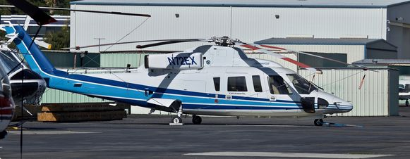 De Sikorsky S-76B-helikopter die zondagochtend crashte in Calabasas.