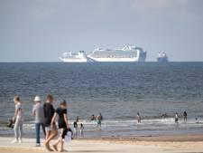 Ergernis over cruiseschepen voor Haagse kust groeit: 'Hoe lang gaat deze horizonvervuiling nog duren?'