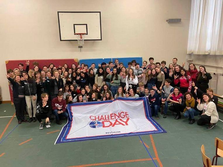 De vierdejaars van Regina Pacis kregen dankzij hun deelname aan Rode Neuzen Dag een Challenge Day.