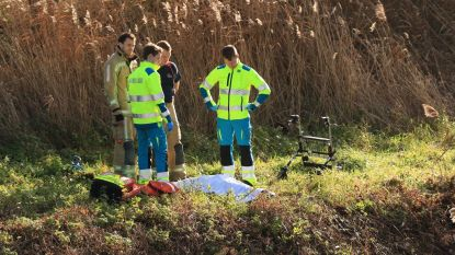 Wandelaars vinden lichaam van vermiste rusthuisbewoonster (83) in waterloop