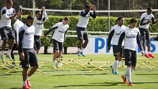 Spelers van PSV tijdens de training.