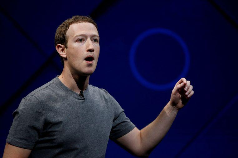 Facebookbaas Mark Zuckerberg toonde berouw in een interview met CNN.