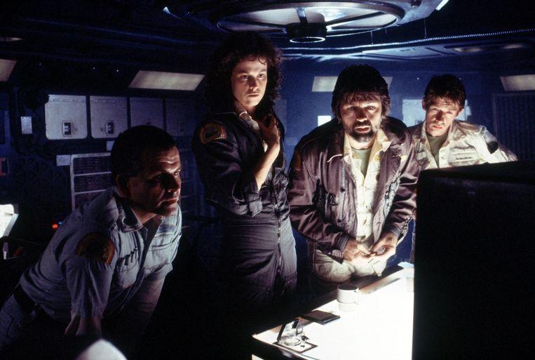 Alien van Ridley Scott. Vanaf links: Ian Holm, Sigourney Weaver,  Tom Skerritt and John Hurt Beeld
