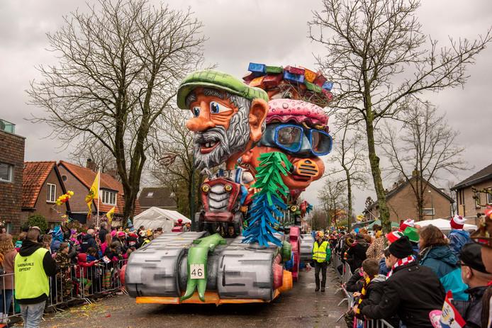 Vorig jaar was de optocht in het Prinsenbeekse Boemeldonck een vrolijke bedoening en bleef de regen achterwege.