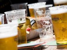 GroenLinks wil wegwerp- voor statiegeldbekers vervangen in Deventer