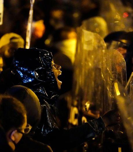 Philadelphia zet Nationale Garde in om demonstraties de kop in te drukken