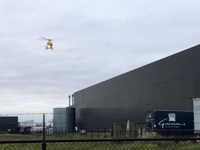 Bedrijfsongeval bij het distributiecentrum van Goossens Wonen & Slapen in Veghel.