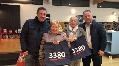Deelnemers Glabbeek Winkelt ontvangen hun milieuvriendelijke winkeltas