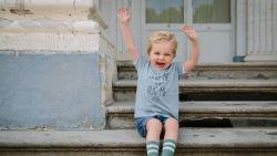 Twee Belgische merken ontwerpen kindercollectie voor het goede doel