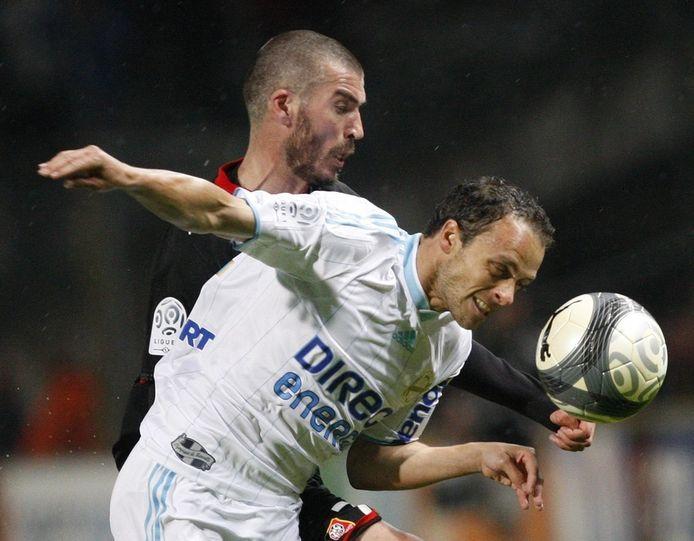 Monaco-verdediger Bonnart (rechts).