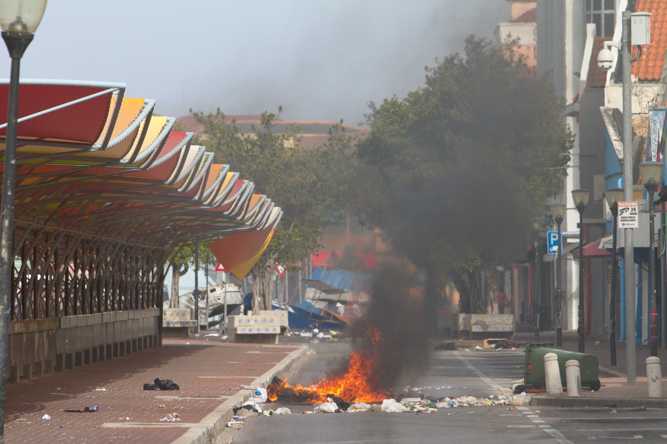 In Willemstad zijn tientallen brandstichtingen.