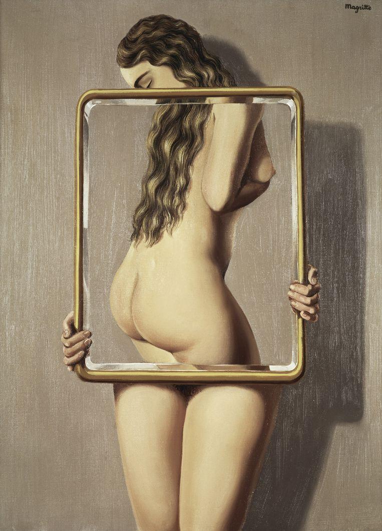 'Ik verwacht van een kunstwerk dat het op mij afkomt en mij in het gezicht slaat.' Les liaisons dangereuses van René Margritte uit 1935. Beeld null