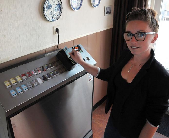 Sigarettenautomaat met ID-kaart.