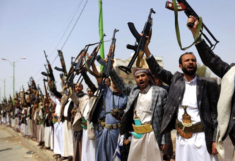 Houthi-strijders in Sanaa. Beeld AFP