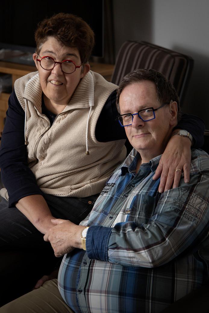 Maria Rijkers en Eric van Oekel zijn al lang getrouwd maar nog langer in dienst bij Senzer.
