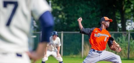 Honkballers De Hazenkamp nog steeds koploper door sterk teamwork