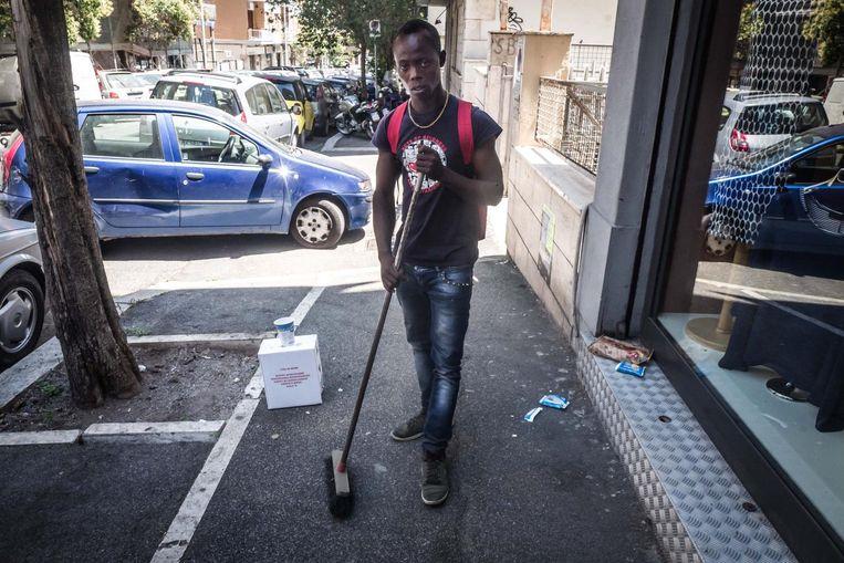 Osara (21), migrant uit Nigeria. Beeld Nicola Zolin