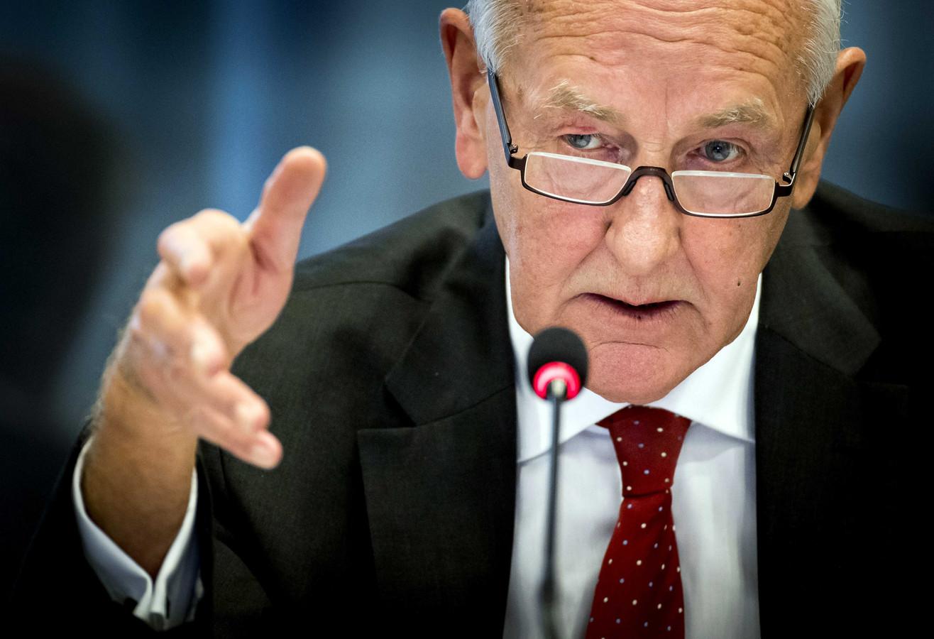 Johan Remkes tijdens een coalitieoverleg over stikstof in de Groen van Prinstererzaal.