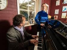 Han Kooreneef gaat zijn liedjes voor het eerst zelf zingen