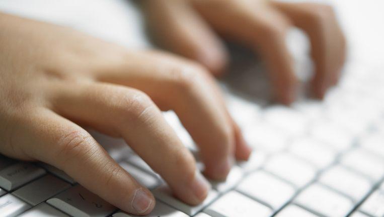 De man gebruikte internet om in contact te komen met minderjarigen. Beeld Thinkstock