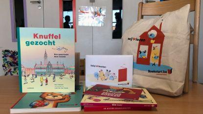 """Opbrengst boekenverkoop bibliotheek gaat naar Boekstart-pakketten: """"Voorlezen aan baby's en peuters stimuleren"""""""