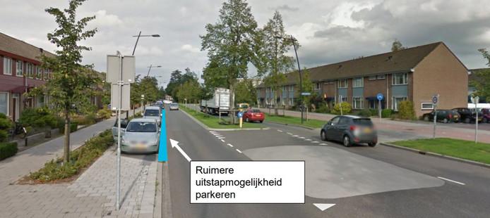 Door bredere parkeervakken in de Hobostraat moet het voor aanwonenden veiliger worden om in- en uit te stappen.