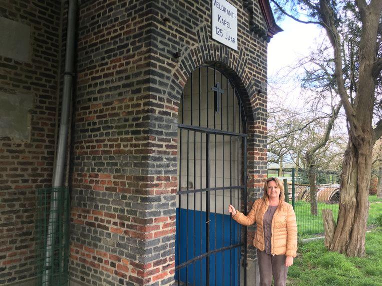 Karlijne Van Bree gaat op zoek naar de eigenaars van de Veldkantkapel.