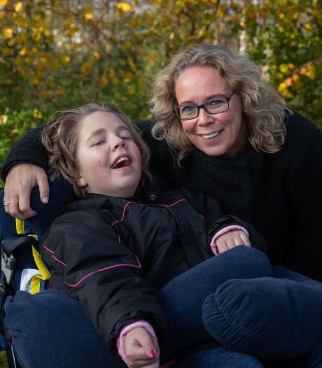 Moeder Sandra wil natuurbegraafplaats bij Lelystad voor dochter Tess (12): 'Het past bij haar'