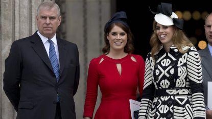 """Geen groots trouwfeest voor prinses Beatrice: """"Ze wordt volledig overschaduwd door het schandaal rond haar vader"""""""
