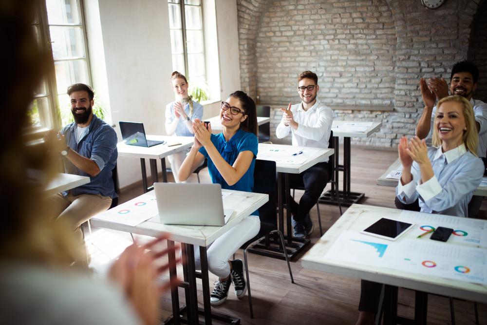 75 procent van de millennials vindt het niet erg om geld te stoppen in de ontwikkeling van hun carrière.