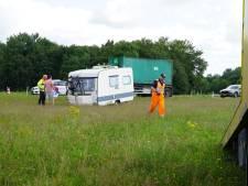 Veel oponthoud op snelweg A1 door ongeval bij Rijssen en caravan die in berm schiet
