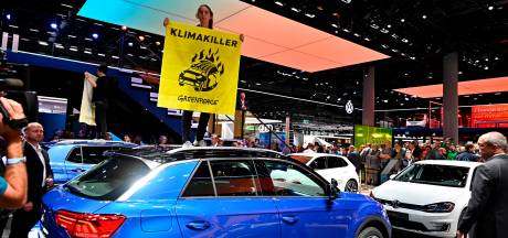 Autoshow Genève nu ook al bedreigd door wegblijvers
