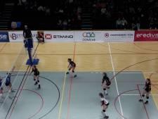 Regio Zwolle Volleybal veegt koploper de zaal uit