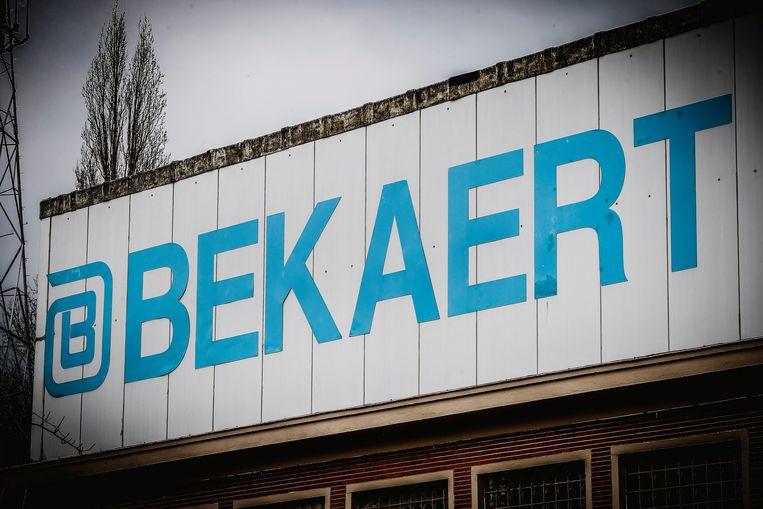 De vakbonden en directie van Bekaert hebben vandaag donderdag een eerste keer aan tafel gezeten in het kader van de zware herstructureringen die vorige week werden aangekondigd.