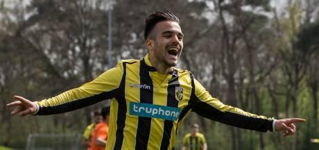 Jong Vitesse zuinig verder richting titel