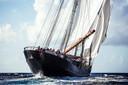 Met dit zeilschip wil Siebe de oceaan oversteken.
