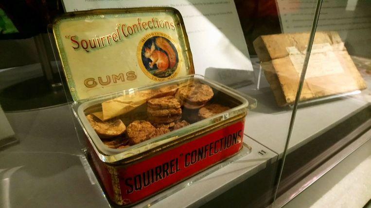 De gebakjes worden nu tentoongesteld in een museum op het eiland Man.