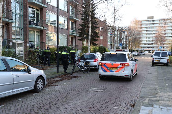 Politie lost schot in Vermiljoenstraat in Rijswijk.