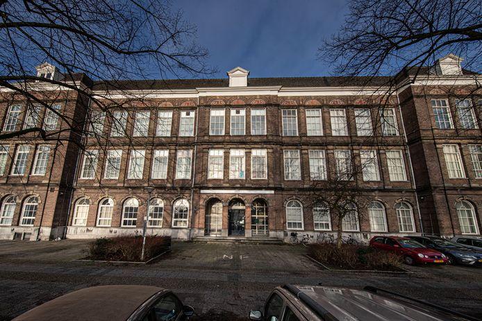 De oude hbs in Kampen.
