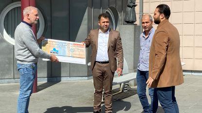 Turkse gemeenschap schenkt 6.000 euro aan ziekenhuis