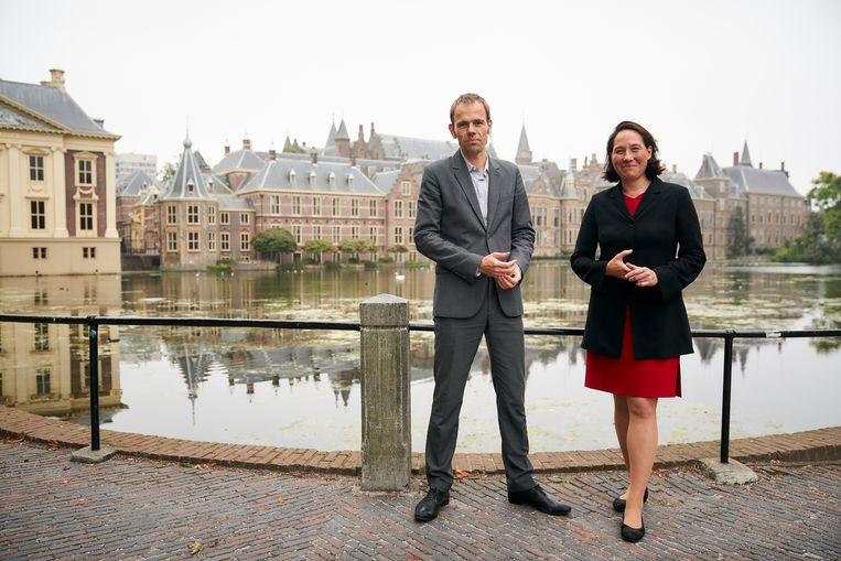 Luuk van Middelaar en Monika Sie. 'Nederland riskeert met extreme standpunten zijn eigen nederlaag te organiseren.' Beeld Phil Nijhuis