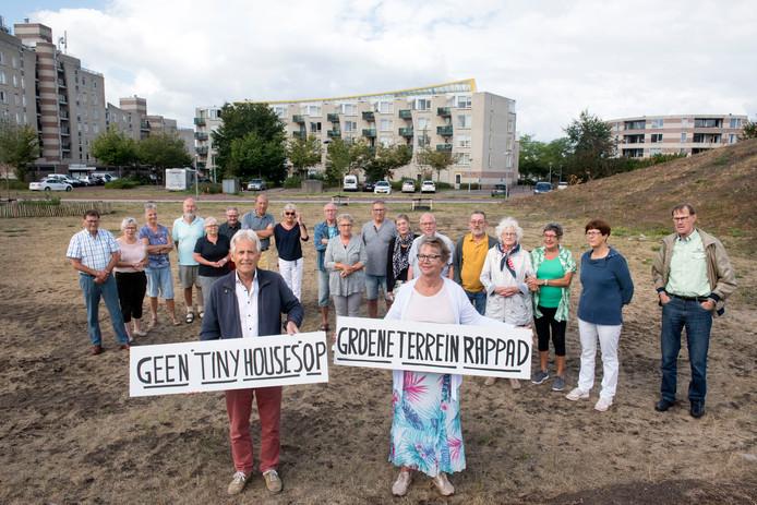 Buurtprotest in Drielanden tegen de komst van tiny houses.