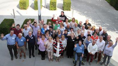 Vrijwilligers woonzorgcentrum en mindermobielencentrale in de bloemen gezet