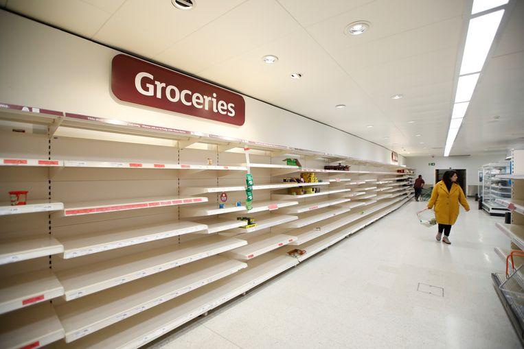 Ook supermarktketen Sainsbury's kampte de afgelopen dagen met hamsterende klanten.